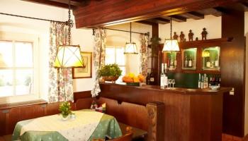 Alte Gaststube und Bar